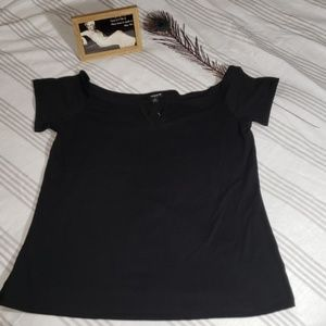 Foxy Off the Shoulder Top, size 2, NWT